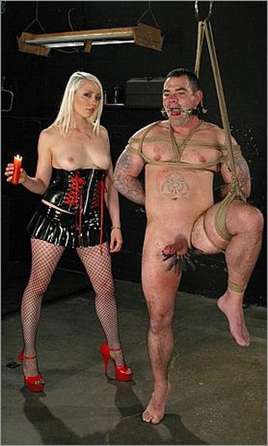 Daac Ramsey and Lorelei Lee - The Brutal Whipping