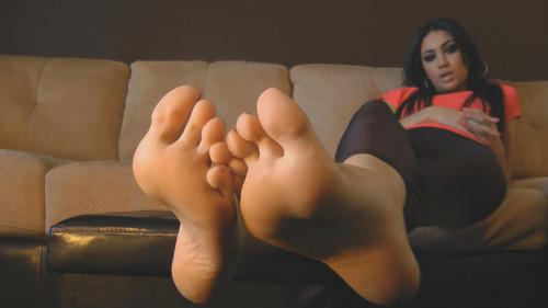 Noemi's Sweaty Feet - (Full HD 1080p Version)