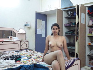indian nude girl with long hair