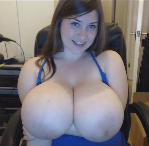 Jennica Lynn – Giant Boobs On A Webcam 66 mins