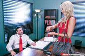 Kenzie Taylor - The Pearl Necklace